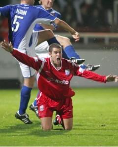 Chillingworth claims handball